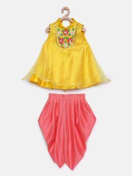 Tutus by Tutu-A line yellow orgenza Kurta with pink Dhoti
