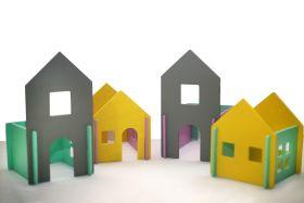 CuddlyCoo-Modular Doll House