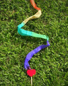 Glee Natural Toys-Wanda - Silk Streamer (3 Ft)