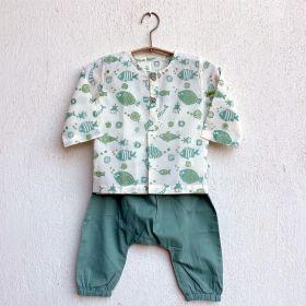 whitewater kids unisex organic fish print kurta + mint pants